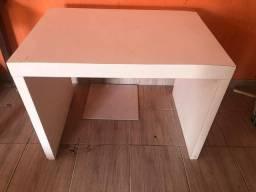 2 mesas grande de madeira