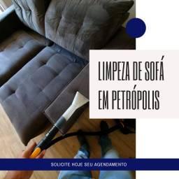 Limpeza de sofá a seco em Petrópolis