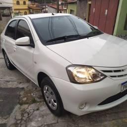 Toyota Etios 1.5 XS sedã 2015/15