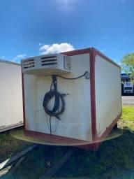 Baú frigorífico 3,65m ano 2010 com ou sem aparelho de refrigeração Mathias implementos