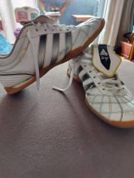 Tênis Futsal Adidas N° 40