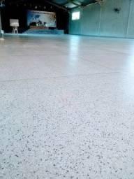 Piso de granitina e marmorite