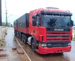 Scania 124 engatado no bitrem