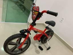 Vendo bicicleta infantil semi nova