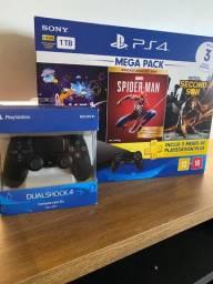 PS4 com 3 jogos A pronta entrega !