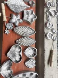 Kit frisasores para flores em EVA alumínio. R$350,00