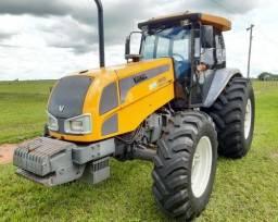 Trator agrícola Valtra Bm125i