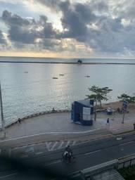 Excelente apt. a beira mar de Olinda, belíssima vista para o mar, ótima localização!