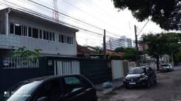Título do anúncio: Bela Casa no Espinheiro 4 Qtos. 4 Garagens - R$ 3.000,00