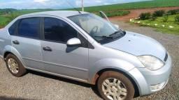 Fiesta sedan 1.6 2005