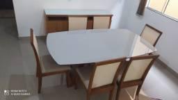 Título do anúncio: Mesa de jantar de madeira maciça