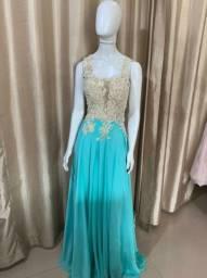 Vendo vestidos de festa