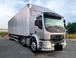 Caminhão Volvo VM 270 Ano 2014/15