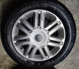 Vendo rodas aro 14 GM com pneus
