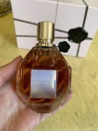 Perfume flowerbomb