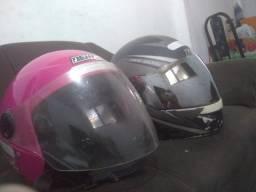Dois capacetes por 100