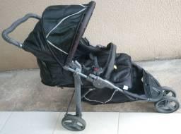 Carrinho+bebê conforto usado mas bem conservado.