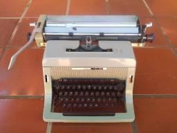 Título do anúncio: Máquina de escrever Olivetti Linea88