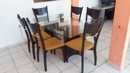 Jogo de mesa de vidro com 6 cadeira