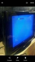 Combo duas Tv uma  de 20 e 29 polegadas  funcionando com Av cor.