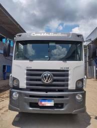 Caminhão Munck Facchini, 2015 , entrada mais parcelas