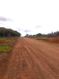 Lote pronto para construir próximo represa