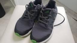 Título do anúncio: Tênis Adidas - tam.35