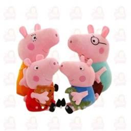 Título do anúncio: Familia Peppa Pig Pelúcia 30cm