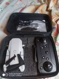 Drone e88 novinho pra trocar nun violão