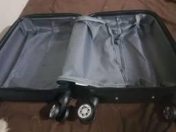Vendo mala de bordo 10kilos nova e uma frasqueira