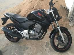 Moto cb 300 r 2011 - 2011