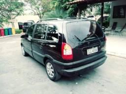 Gm - Chevrolet Zafira - 2010