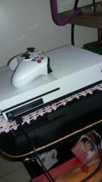 Vendo TV LG 42 polegadas e Xbox onde s 2 controles
