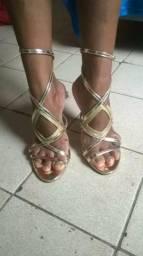 Vendo sandalia nova beira rio