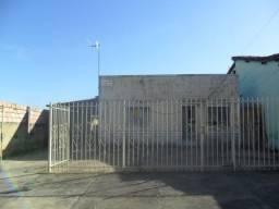 Casa à venda com 3 dormitórios em Centro, Três marias cod:419