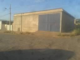 Excelente galpão todo murado, portão de metalão, escritório e banheiro.