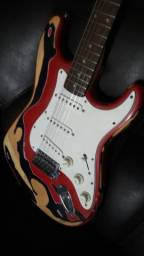 Guitarra Strato Fender