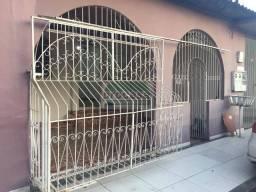 Alugo Ótima Casa na Alvorada com 3 quartos sendo 1 suíte - R$ 1.200,00