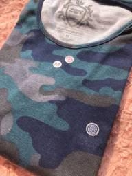 Blusinha feminina camuflada