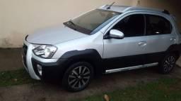 Toyota Etios Cross 1.5 flex 2017