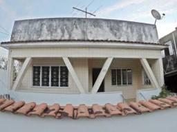 Excelente casa com 4 Quartos em Mesquita - RJ