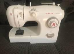Máquina de costura Singer 127w