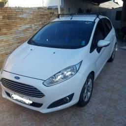 Ford Fiesta Automático