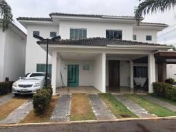 Casa linda no condomínio a 100km (pista dupla) de Gyn. Alugo 2.500