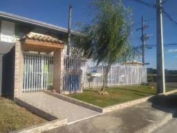 Aluga-se apartamento kitnet na região do Araucária