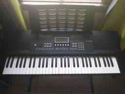 Teclado Musical Revas KB-330 by Roland