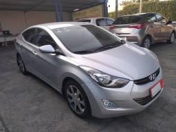 Hyundai Elantra GLS 2.0 Flex - Muito novo - 2013
