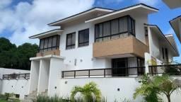 Casa triplex para vender em condomínio