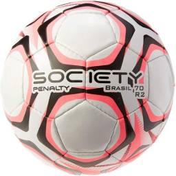 Bola de Futebol Society Penalty Branco e Rosa