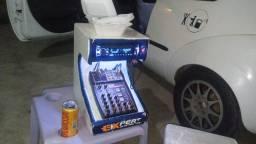 Troco ford ka com som em carro mais novo preferencia 4 portas conpleto